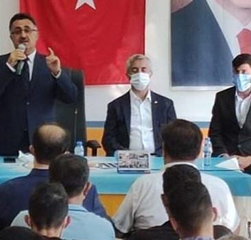 4 partiden istifa eden 250 kişi AK Parti'ye üye oldu