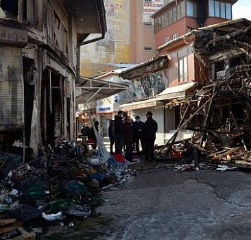 Tokat'ta yangın: 7 iş yeri zarar gördü