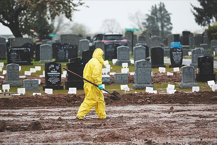 ABD'de ölenlerin sayısı 389 bin 865'e ulaştı