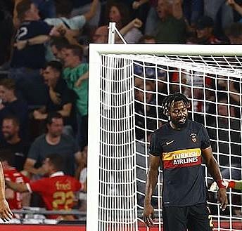 Galatasaray'a Hollanda'da ağır yenilgi!