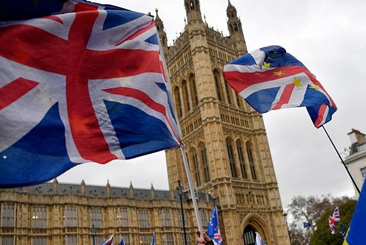 İngiltere'de borç krizi
