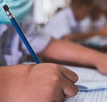 İlkokul ve ortaokul sınavları yeniden düzenlendi