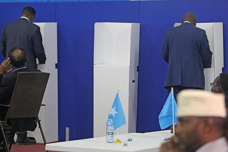 Somali'de huzur ve demokrasi için önemli karar