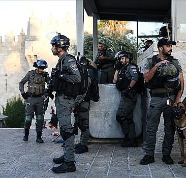 Şam Kapısı'nın olduğu alanı kapattılar