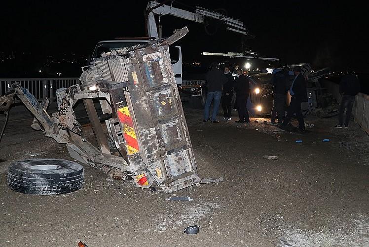 Batman'da zincirleme kaza: 2 ölü 4 yaralı