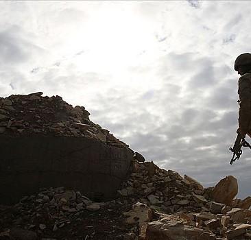 YPG/PKK'dan kaçan 2 çocuk teslim oldu
