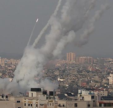 Filistin roketleri Demir Kubbe'yi deldi