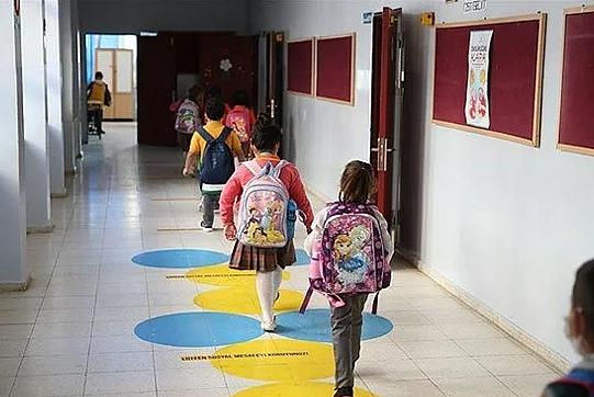 Bakan Özer'den ikili eğitim açıklaması