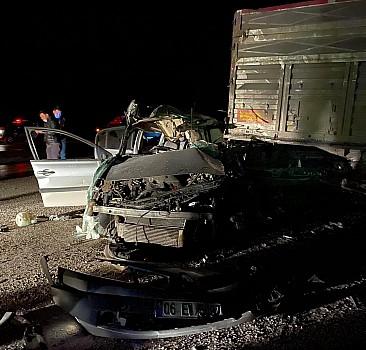 Komiser yardımcısı trafik kazasında hayatını kaybetti