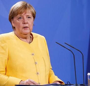 Merkel: Afganistan'daki çöküş önlenmeli
