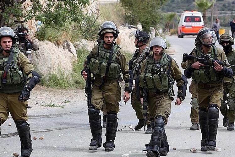 Terör devleti 15 Filistinliyi gözaltına aldı