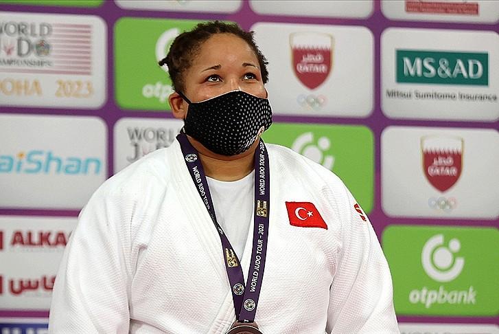 Judoda yılın ilk madalyası Kayra Sayit'ten