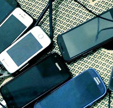 Yenilenen cep telefonlarında KDV düşürüldü