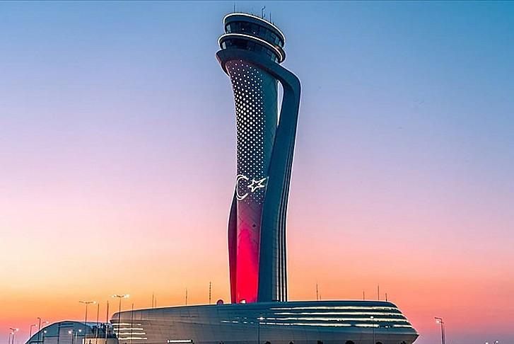Avrupa'nın en yoğun havalimanı oldu