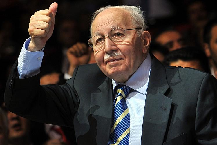 Savunan adam Necmettin Erbakan vefatının 10'uncu yılında anılıyor