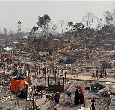 Arakanlı Müslümanların kaldığı kampta yangın çıktı