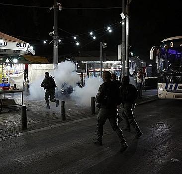İşgalcilerden Kudüs'te Filistinli gençlere müdahale