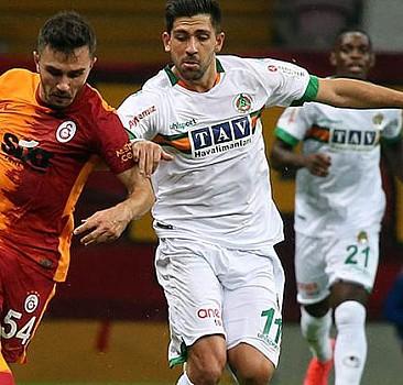 Galatasaray galibiyete hasret kaldı!