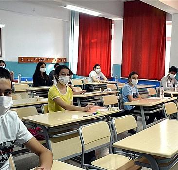 Öğrenciler dikkat! Sınavlara yeni düzenleme