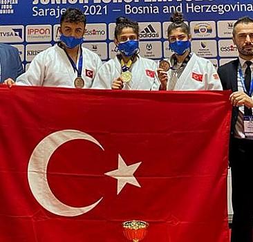 Genç milli judocularda 3 madalya