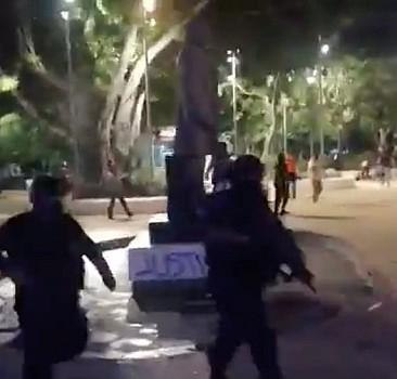 Kadına şiddet protestosunda 23 polis yaralandı