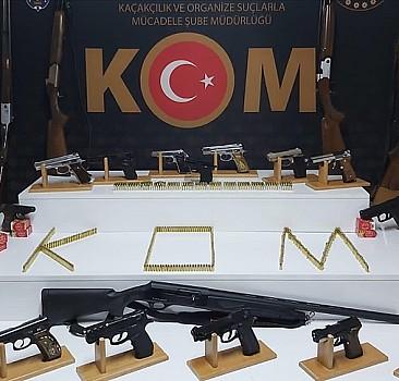 Yasa dışı silah ticareti operasyonu: 53 gözaltı