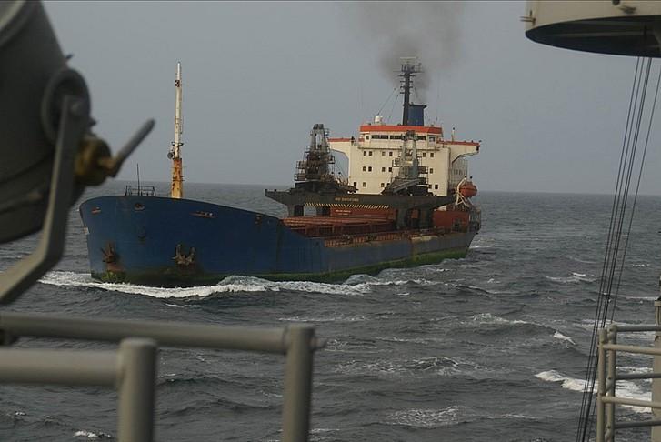 Türk gemisine korsan saldırısı: Ölü ve yaralılar var