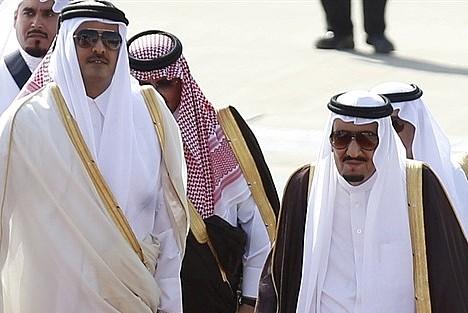 Suudi Kral'dan Katar Emiri'ne mesaj