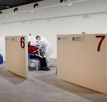 İtalya'da son 24 saatte 469 can kaybı