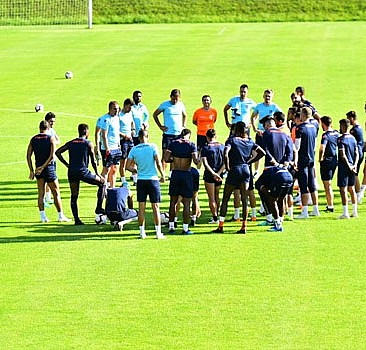 Medipol Başakşehir'de yeni sezon hazırlıkları sürüyor