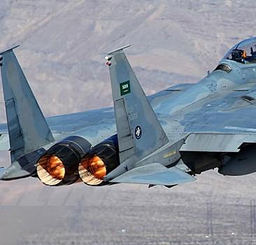 ABD'den Yunanistan'a 15 F-15 uçağı sevkiyatı yapıldı