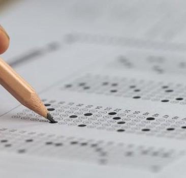 Bakan Selçuk duyurdu: 25 Nisan'daki sınav ertelendi