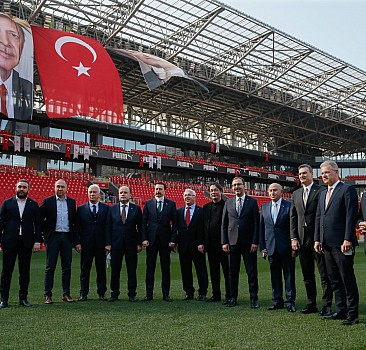 Erdoğan, Gürsel Aksel Stadı açılışına katıldı