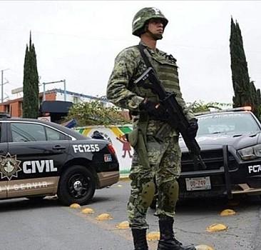 Çeteler çatıştı, 20 kişi öldü