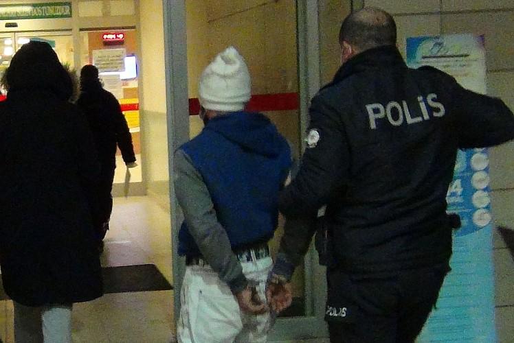 Hem kısıtlamaya uymadı hem de polise saldırdı