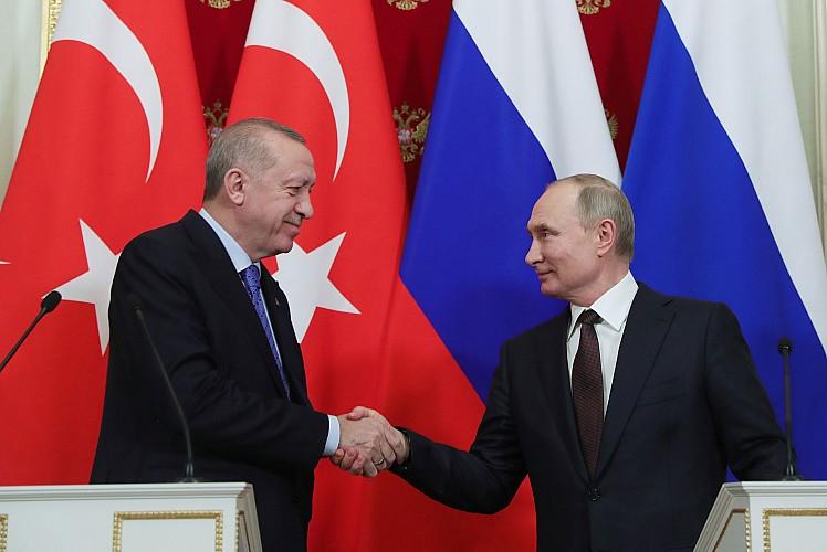 Kritik zirve sonrası Putin Erdoğan'ı bilgilendirdi