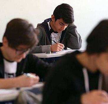 Okullar yeni eğitim-öğretim yılı başlayana kadar açık olacak