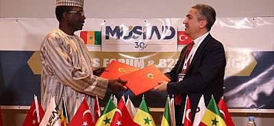 Türk ve Senegalli iş insanları Dakar'da buluştu