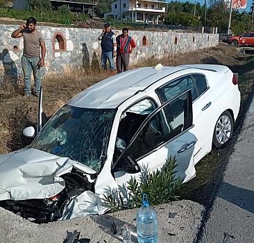 Muğla'da cip ile otomobil çarpıştı: 6 yaralı