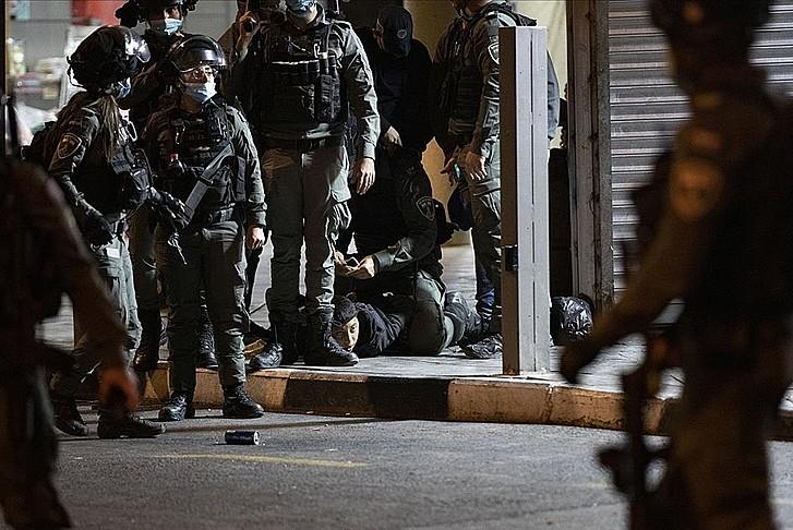 İşgal güçlerinin Kudüs'te müdahalesi sürüyor