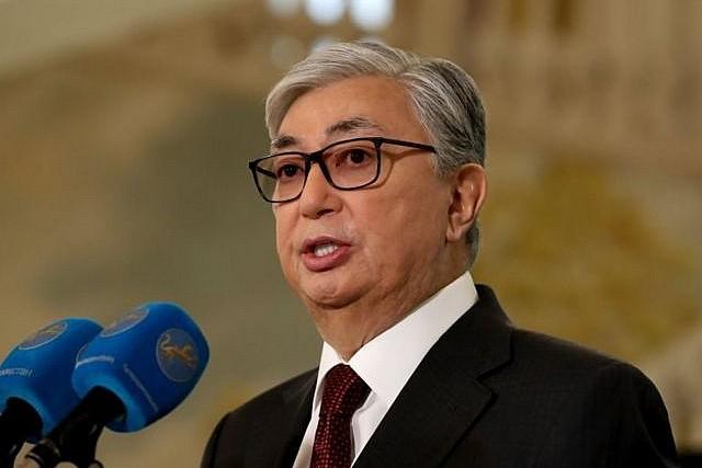 Kazakistan'dan yabancılara yasak!