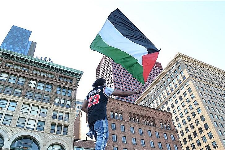 Filistin'e destek yazıları için nefret suçu soruşturması