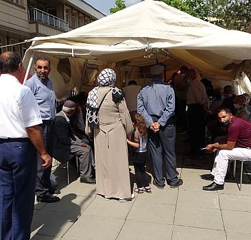 Muş'ta mobil ekipler kontrol noktalarına aşı standı kurdu