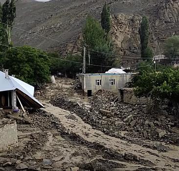Meteoroloji uyarmıştı: Van'da ikinci sel meydana geldi