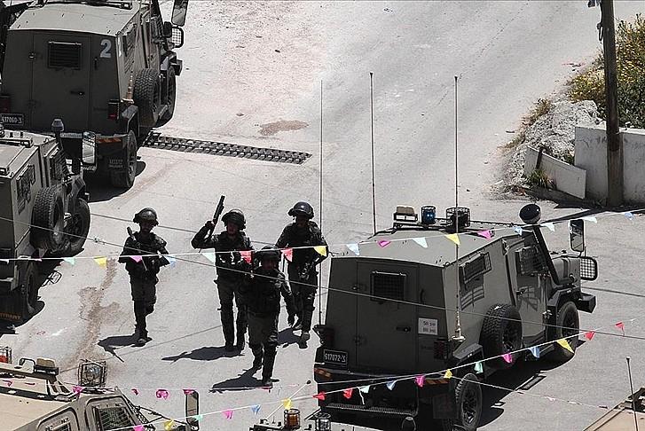 İşgalci güçler 4 Filistinliyi şehit etti