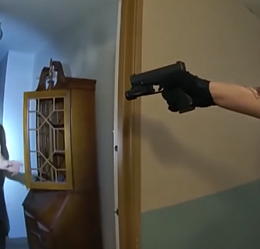 ABD'de polis şiddeti: Yaşlı adam felç geçirdi