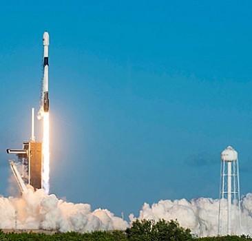 Space X 60 uyduyu daha uzaya gönderdi