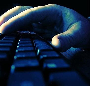 Sosyal medya teröristlerine 10 gözaltı