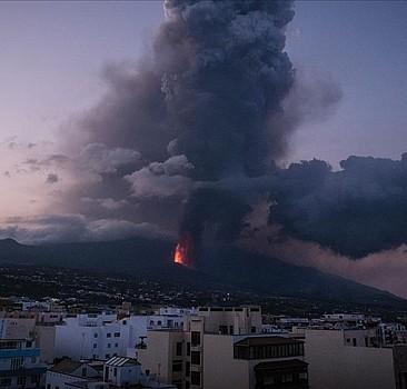 Lavlar 24 günde 1458 binayı yakıp yıktı