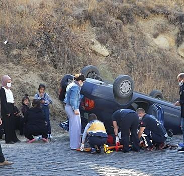 Nevşehir'de otomobil devrildi: 3 kişi yaralandı